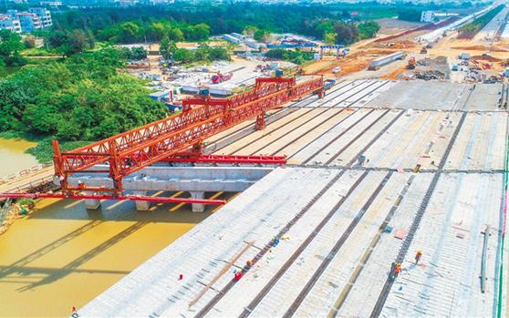海口江东新区:干道建设快速推进